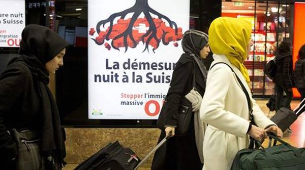 Les Suisses rejettent la libre-circulation européenne