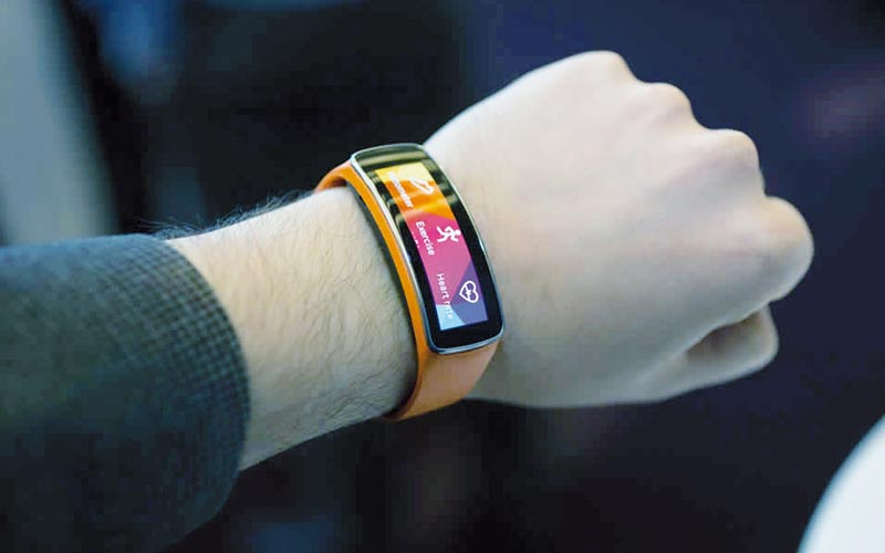 Samsung Gear Fit, une technologie sportive qui s'invite au poignet