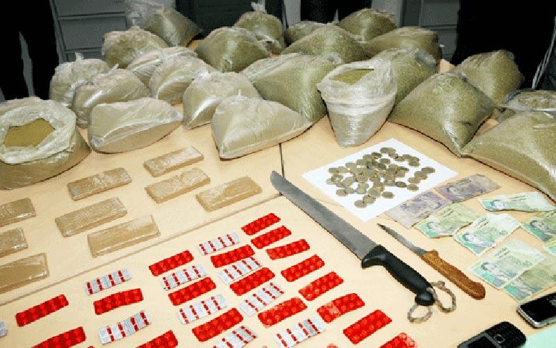 Casablanca: Saisie de 270 comprimés psychotropes,  34 bouteilles d'eau-de-vie et 12 g de haschich