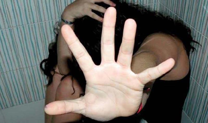 Une jeune fille victime de 4 «loups humains»