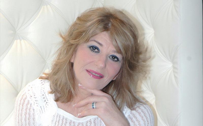 «Lazem Nsa» de Fatima Zahra Lahlou tournée en clip
