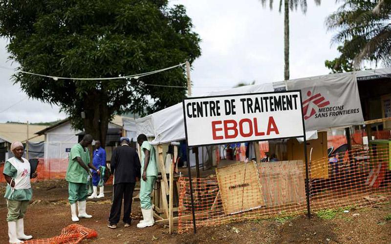 Ebola : 181 morts parmi les personnels de santé