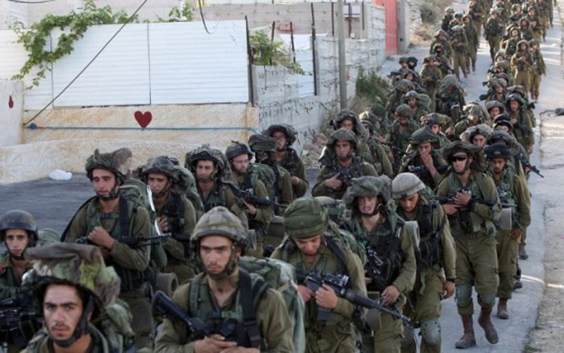 L'armée israélienne ferme une station de radio palestinienne à Al Khalil