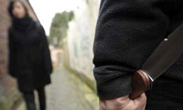 Une mineure échappe de justesse à un viol collectif