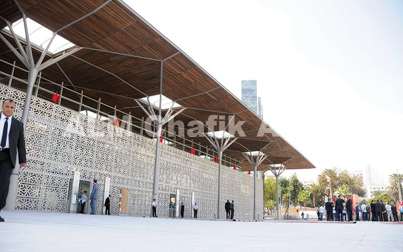 Sa Majesté le Roi Mohammed VI inaugure la nouvelle gare ferroviaire de Casa-Port