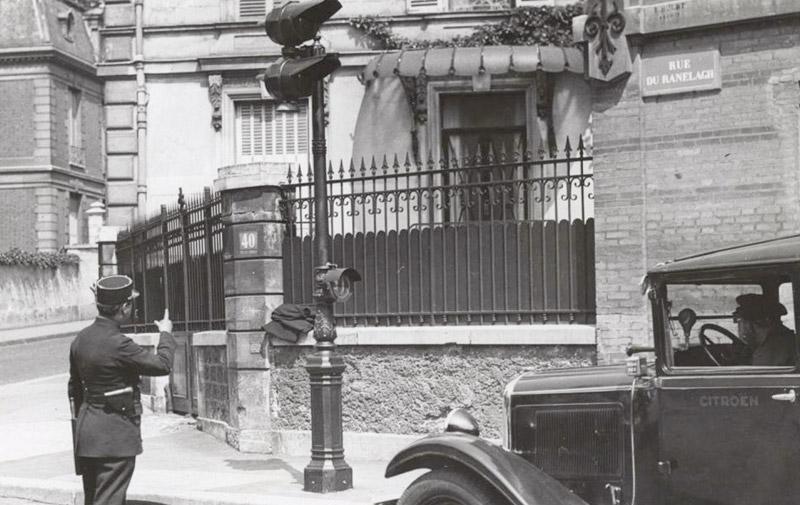 Le feu de signalisation  électrique fête ses 110 ans !