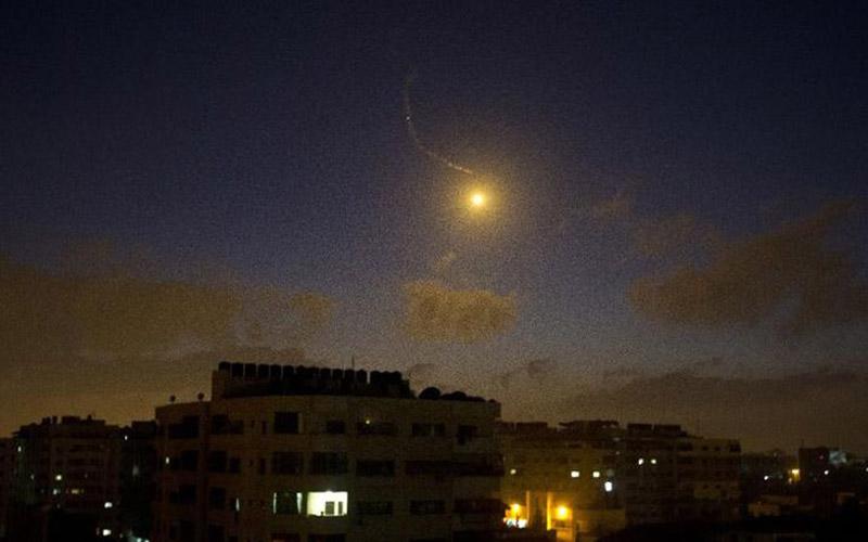 Palestine: 22 morts dans 320 raids israéliens