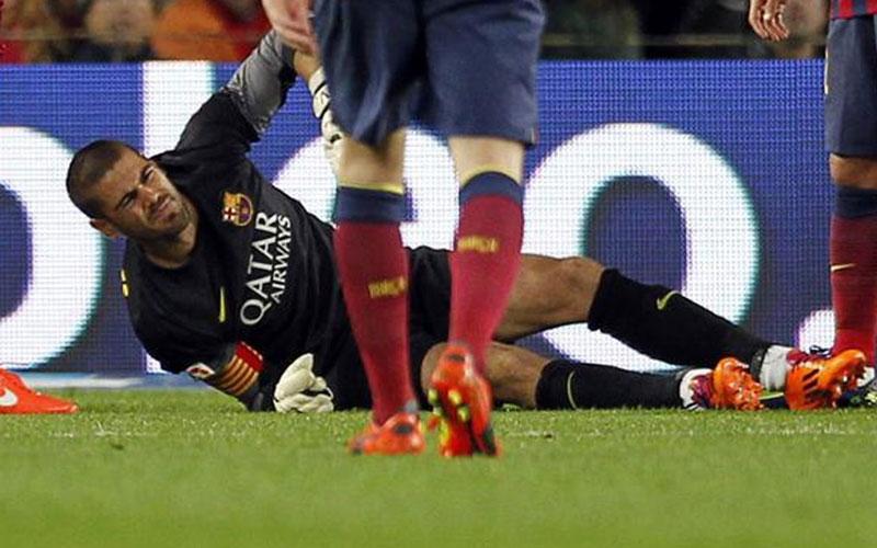 FC Barcelone : Opéré avec succès, Valdès sera absent pour Sept mois