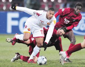 La Roma devance Chelsea dans le groupe A
