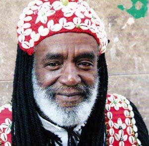 Abdellah El Gourd, une des figures emblématiques de la musique gnaouie
