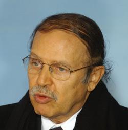 Bouteflika est-il tiré d'affaire ?