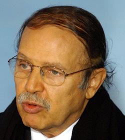 Algérie : un pouvoir aux abois
