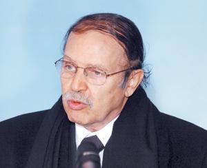 Première apparition publique de Bouteflika