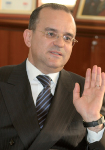 L'ex-patron de l'ONDA dans de beaux draps : Abdelhanine Benallou et ses collaborateurs sous les verrous