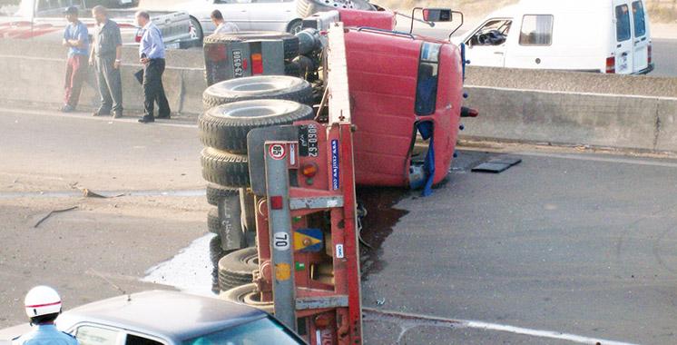 Boulemane : un accident de la route fait deux morts et 18 blessés graves