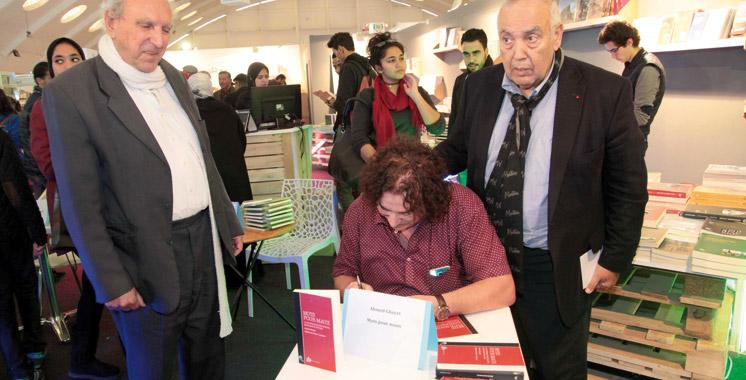 Ahmed Ghayet signe son essai «Mots pour maux»
