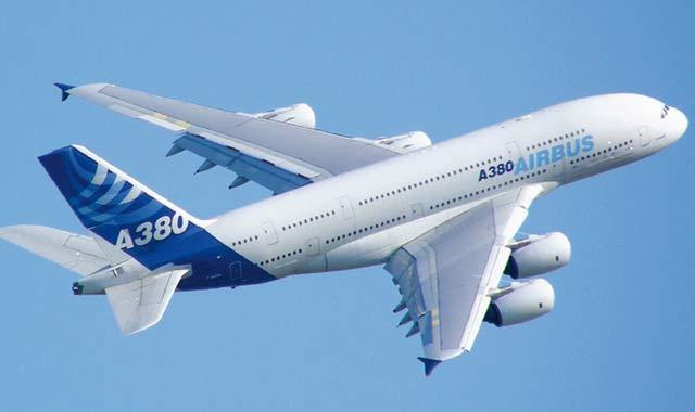 Airbus signe sa plus grosse commande au Salon aéronautique de Dubaï