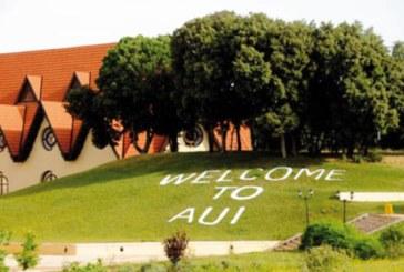 Al Akhawayn, une université publique !