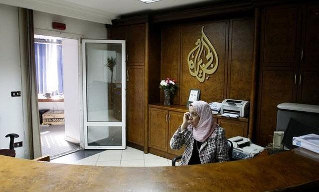 Egypte : La justice ferme Al-Jazeera-Egypte et la TV des Frères musulmans