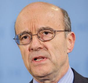 France : Juppé, diplomate ministre de la guerre