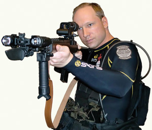 Carnage en Norvège : Un mois supplémentaire d'isolement requis pour Breivik