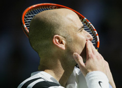 Tennis : Agassi quitte les courts