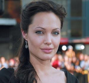 Angelina prête sa voix à une… tigresse