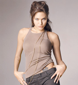 Angelina Jolie a accouché de ses jumeaux