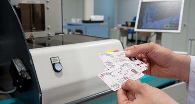 Paiement des droits relatifs aux cartes grises et à la réception des véhicules