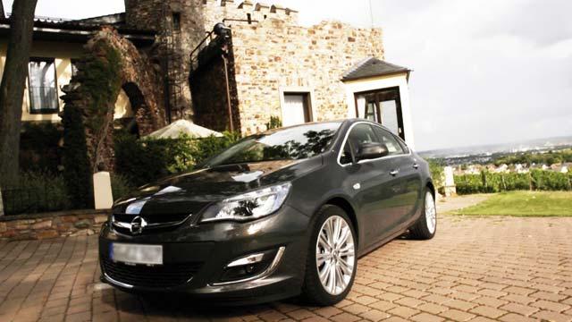 Opel Astra : Ça va faire «Malle»
