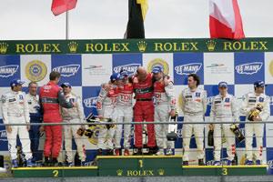 24 Heures du Mans : Audi triomphe, Peugeot passe à côté