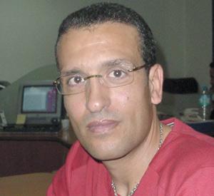 Ramadan des célébrités : Aziz Bouderbala prend le temps de se ressourcer