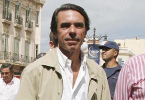 Aznar en visite à Mellilia occupée : ridicule