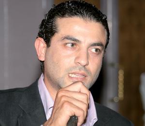 Hicham Bahloul interprète «Pieds Blancs»