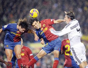 Le Real Madrid et le Barça dans un vrai duel