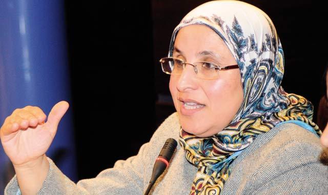 Hakkaoui huée par les féministes et désavouée par Benkirane