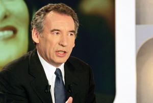 Royal et Bayrou s'apprêtent à rentrer dans les rangs