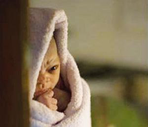 Le scandale des 25.000 bébés marocains vendus refait surface