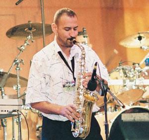 A bâtons rompus avec le musicien Belkacem Saidi : L'harmonie de la ghaita et du saxophone