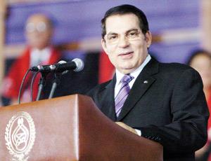 Ben Ali salue la «position noble» de Mouammar Kadhafi