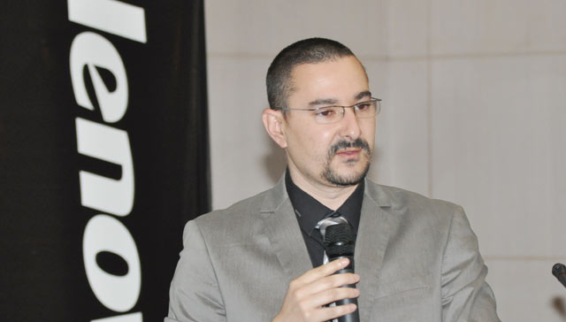 Fabrication d ordinateurs  : Lenovo Maroc  innove en lançant les convertibles Yoga