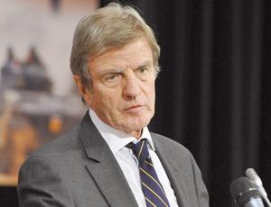 France : Bernard Kouchner ministre étranger à ses affaires
