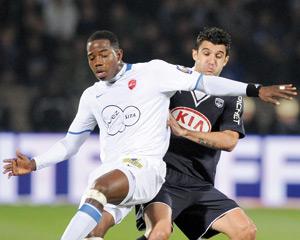 Auxerre en tête, Bordeaux battu à domicile