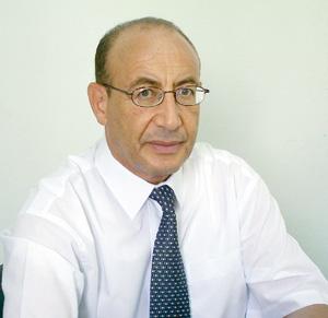 Bouazza Kherrati : «Le marché de l'assurance sera monopolisé par l'État»