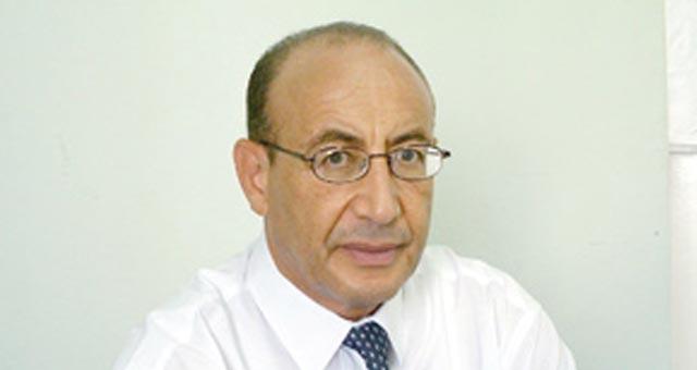 Dr Bouazza Kherrati : Une loi en attente de décret d application