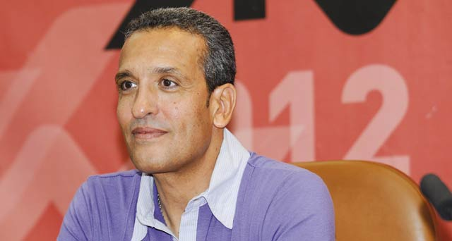 Aziz Bouderbala : «Nous n avons pas encore une bonne équipe pour gagner la Coupe d Afrique des Nations»