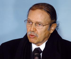 Un 3ème mandat de Bouteflika serait le pire fléau pour l'Algérie