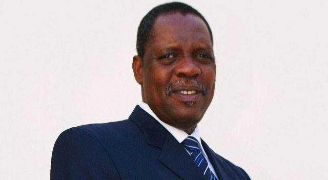 Réélection de Issa Hayatou à la tête de la CAF