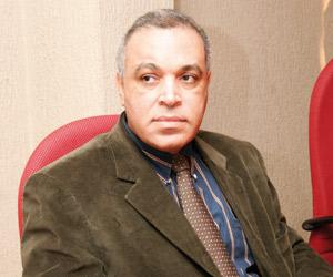 Abdelaziz Adnane : «Nous comptons fermer la pharmacie de la CNOPS fin 2010»