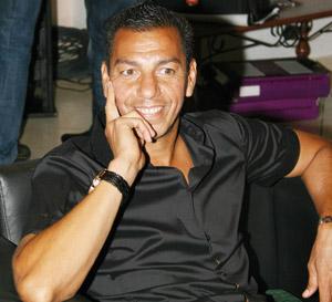Carlos Mozer : «J'essaie d'emprunter le pas à José Romao»